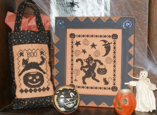 129 Black Cat's Halloween